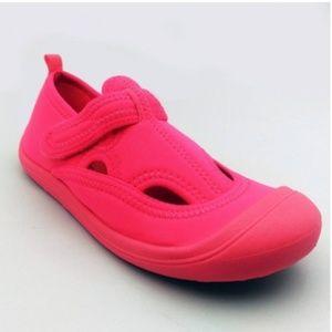 Girls' Poppy Sock Water Shoes - Size M 2/3